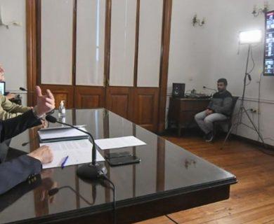 mar Perotti y el titular de la cartera laboral en una reunión de trabajo